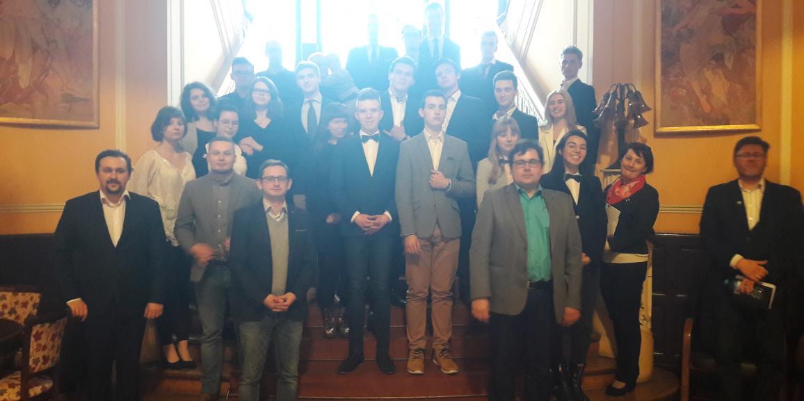 Finał debat oksfordzkich dla młodzieży w Instytucie Europejskim zakończony !